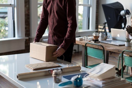 Manage Your Holiday Shipping Woes Now